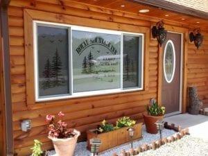 Entrance to Royal Mountain Inn